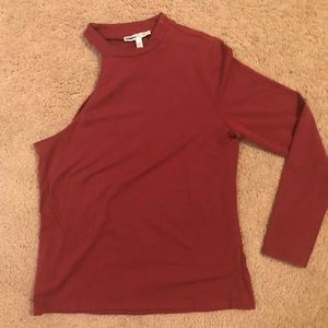 Express single sleeve Top